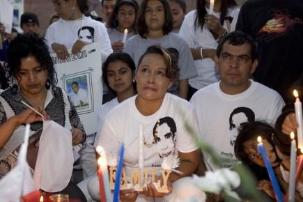 Les parents de Fredy Villanueva.... (Photo: David Boily, La Presse)