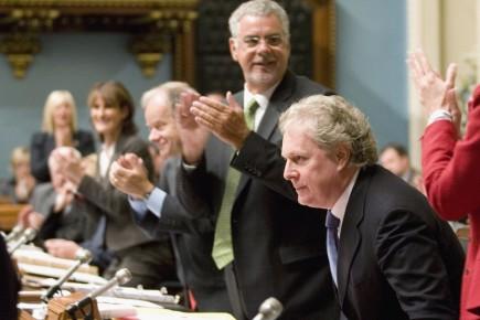 Jean Charest à l'Assemblée nationale, aux côtés des... (Photo: PC)