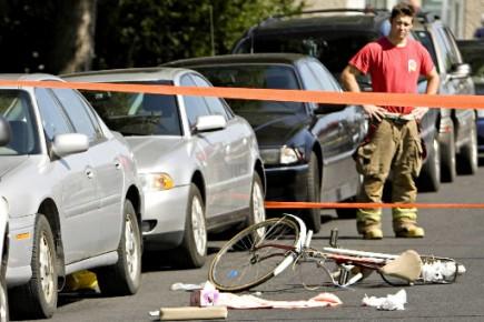Accident de vélo dans Rosemont.... (Photo François Roy, La Presse)