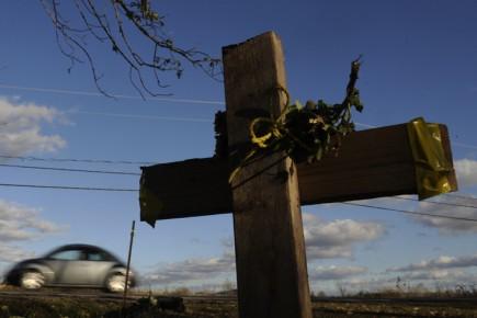 Une croix de fortune a été installée sur... (Photo: Bernard Brault, La Presse)