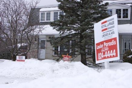 Royal LePage prévoit un nombre moins élevé de ventes de maisons au cours du... (Photo Alain Roberge, La Presse)