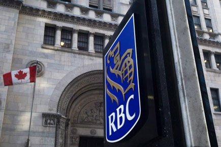 Aujourd'hui, la Banque Royale lève la première le... (Photo: Nathan Denette, PC)