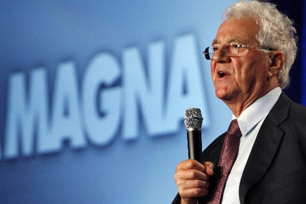 Frank Stronach, fondateur de Magna.... (Photo: Mike Cassese  Archives Reuters)