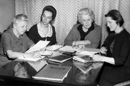 il y a 70 ans les femmes obtenaient le droit de vote au qu bec national. Black Bedroom Furniture Sets. Home Design Ideas