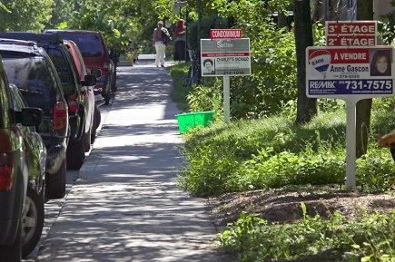Comme bien des propriétaires de maison, les Montréalais Michel et Luc  ont... (Photo David Boily, archives La Presse)