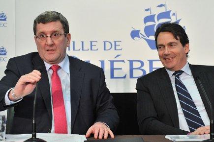 Régis Labeaume et Pierre Karl Péladeau lors de... (Photo Steve Deschênes, Le Soleil)