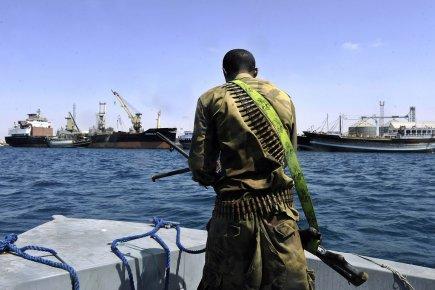 Les pirates : criminels en mer , héros sur terre