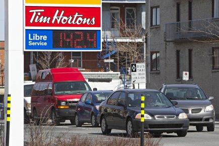 Les automobilistes canadiens se sont réveillés avec une mauvaise surprise,... (Photo: Patrick Sanfaçon, La Presse)