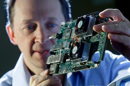 Germain Lamonde président d'EXFO Ingénierie électro-optique.... (Photo: Martin Chamberland, La Presse)
