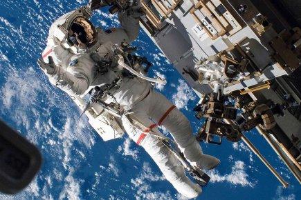 transport d 39 astronautes une manne pour certaines entreprises tats unis. Black Bedroom Furniture Sets. Home Design Ideas