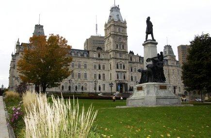 Des 10 provinces, le Québec a la dette... (Photo Jean Goupil, archives La Presse)