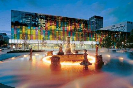 Le Palais des congrès de Montréal et la... (Photo fournie par Tourisme Montréal)