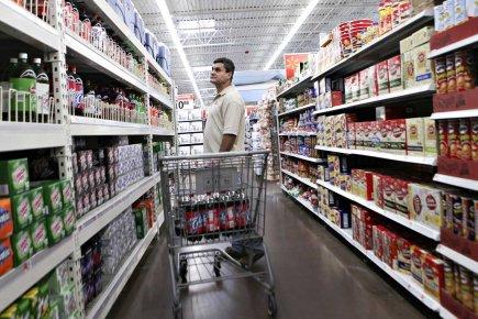 Le moral des ménages a baissé en juin pour le quatrième mois d'affilée aux... (Photo Bloomberg)
