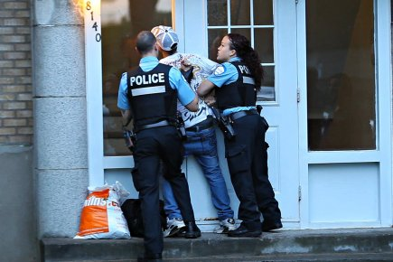 380324-presse-suivi-deux-policiers-spvm.