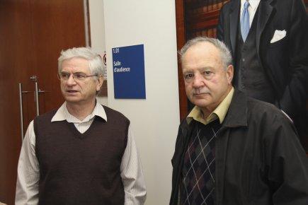 Jean Binette et Jean-Pierre Gravel, du Comité pour... (photo La Voix de l'Est)