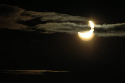 Il s'agit de la dernière des quatre éclipses... (Photo: Anders Wiklund, Archives Reuters)