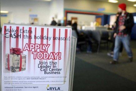 Les nouvelles inscriptions au chômage se sont ainsi... (Photo Reuters)