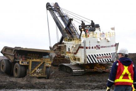 Un travailleur à l'oeuvre à la mine de... (Photo: Alain Roberge, Archives La Presse)