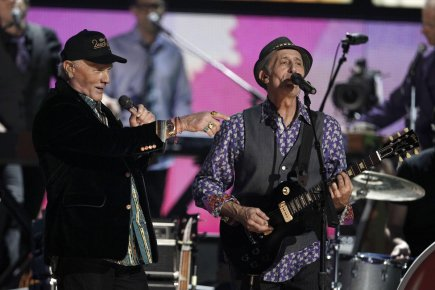Les Beach Boys ont fait leur retour sur... (Photo: Matt Sayles, Associated Press)