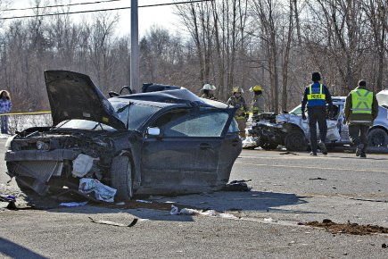 La voiture de la femme décédée a été... (Photo Patrick Sanfaçon, La Presse)