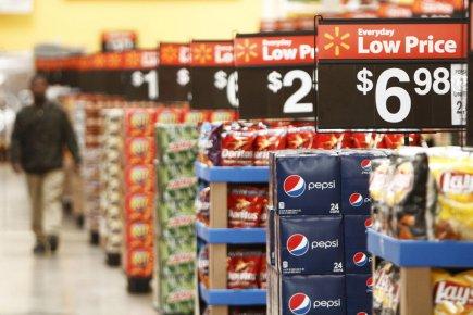 Les ventes au détail ont augmenté de 0,5%... (Photo Reuters)