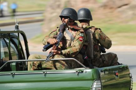 L'armée et la rébellion se sont affrontées régulièrement... (Photo: Farooq Naeem, Archives AFP)