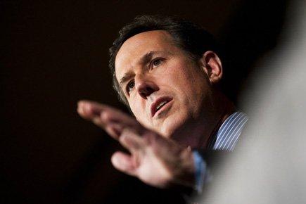 RickSantorum... (Photo: AFP)