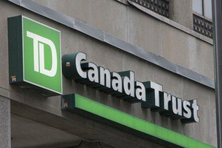 Environ 1000 clients canadiens de la Banque TD possédant des comptes aux ... (Photo Rémi Lemée, archives La Presse)