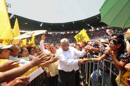 Actualité de la campagne présidentielle au Mexique 2012 486488-andres-manuel-lopez-obrador-candidat