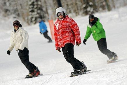 Les stations de ski espèrent bénéficier du nouveau... (Photothèque Le Soleil, Patrice Laroche)