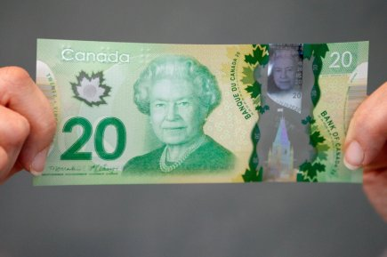 Le nouveau billet de banque canadien de 20... (Photo : archives La Presse Canadienne)