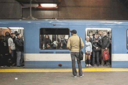 L'arrêt de service du métro a coûté cher à l'économie montréalaise. Entre 10 et...
