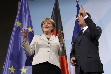 Angela Merkel et François Hollande lors de leur... (Photo: Reuters)