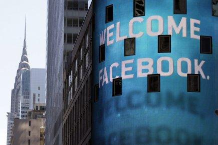 Facebook a fait son entrée en Bourse vendredi... (Photo: AP)