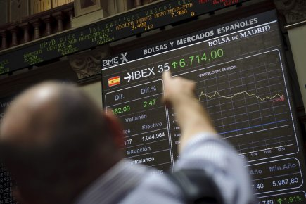 La Bourse de Madrid, qui avait bondi de... (Photo Associated Press)