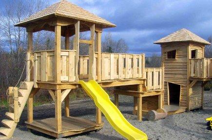 Module de jeux for Module maison bois