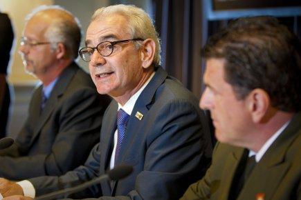 De gauche à droite: Donald Plouffe du Bureau... (Photo André Pichette, La Presse)
