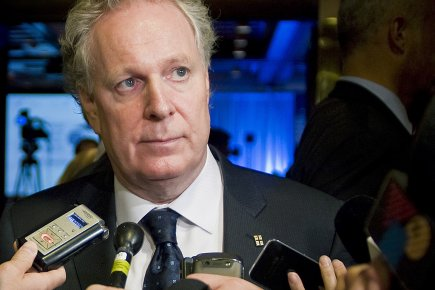 Le premier ministre Jean Charest, lors du Forum... (Photo: PC)