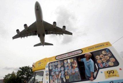 L'industrie québécoise de l'aéronautique s'en va brasser des affaires à...