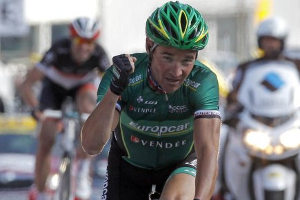 Le Français Thomas Voeckler a distancé dans les... (Photo: Reuters)