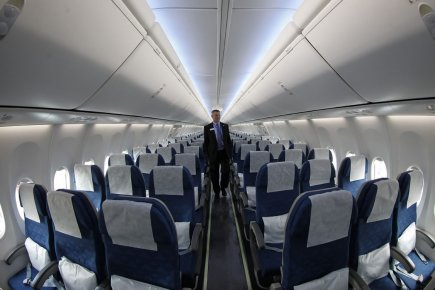 Un Boeing 737-900ER au Salon international de Farnborough.... (Photo AP)