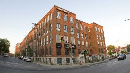 Ubisoft (bureau montréalais sur notre photo) fait partie... (Photo David Boily, La Presse)