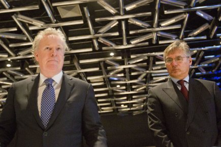 Jean Charest et Matthew Coon Come au Palais... (Photo: Ivanoh Demers, Archives La Presse)