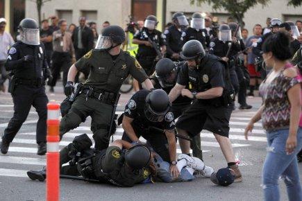 Les autorités de la ville d'Anaheim, en Californie, étaient en état d'alerte... (Photo Alex Gallardo, REUTERS)