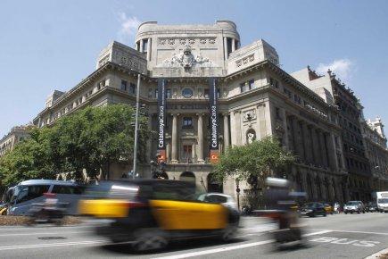 L'Espagne, dont ladetteéquivaut à 72% de la taille... (PHOTO ALBERT GEA, ARCHIVES REUTERS)
