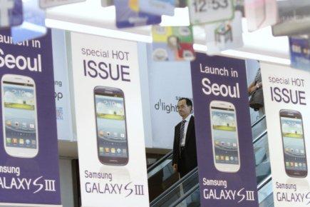 Samsung a creusé son avance sur Apple dans les ventes mondiales de téléphones...