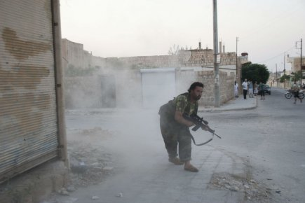 Rebelle Syrien en action
