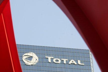 Le géant pétrolier français Total a mis un pied mardi dans l'exploration ... (PHOTO MICHEL EULER, AP)
