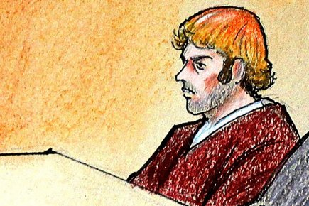 James Holmes, lors de sa comparution du 30... (ILLUSTRATION JEFF KANDYBA, AP)