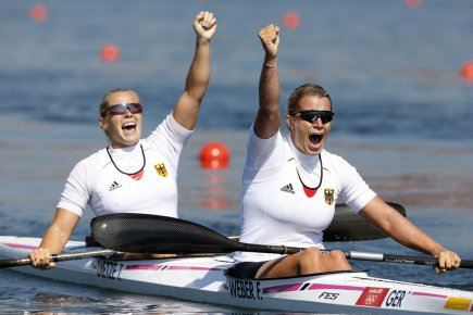 Tina Dietze et Franziska Weber... (Photo : Jim Young, Reuters)